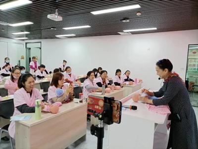 龙岩闽西姑娘培训学校